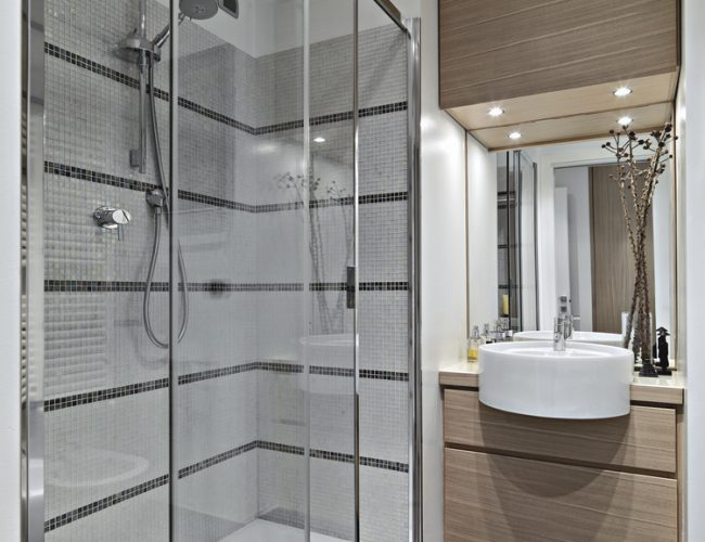 showerpartition1